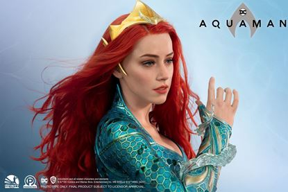 Picture of INFINITY STUDIO X PENGUIN TOYS: MERA LIFE SIZE BUST